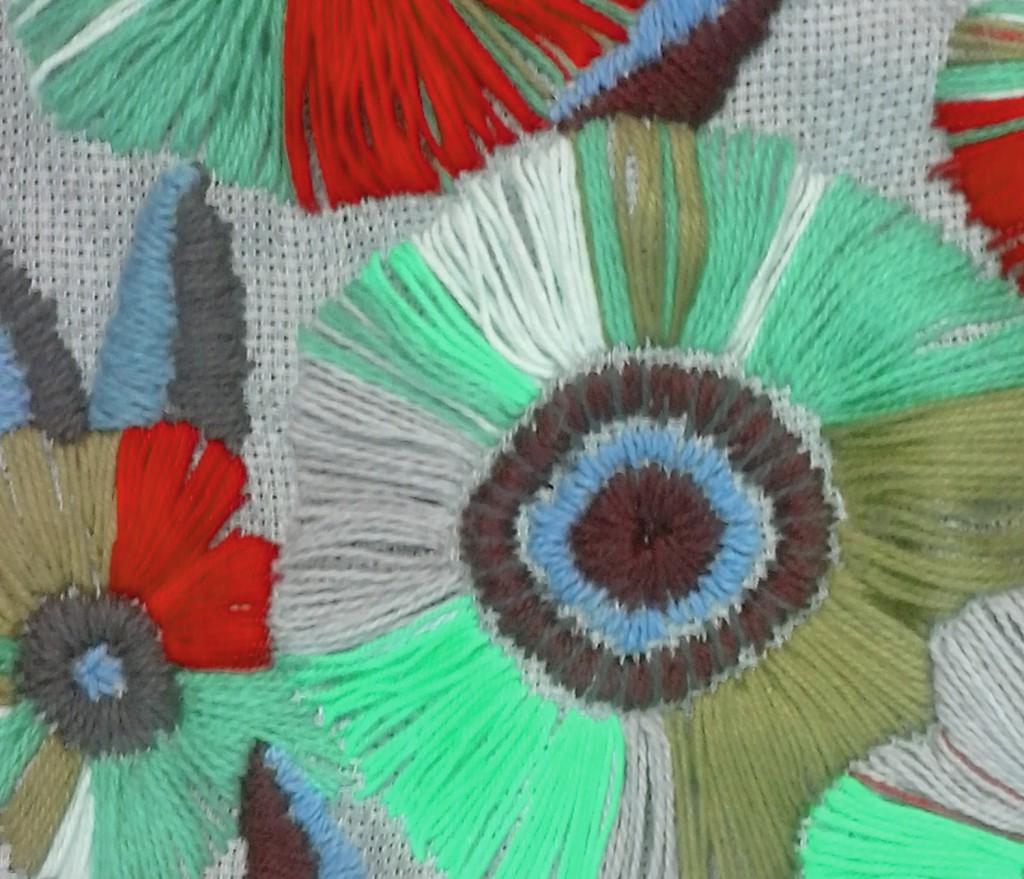 trends-carlin-cahier-interieur-broderie-fleurs copie