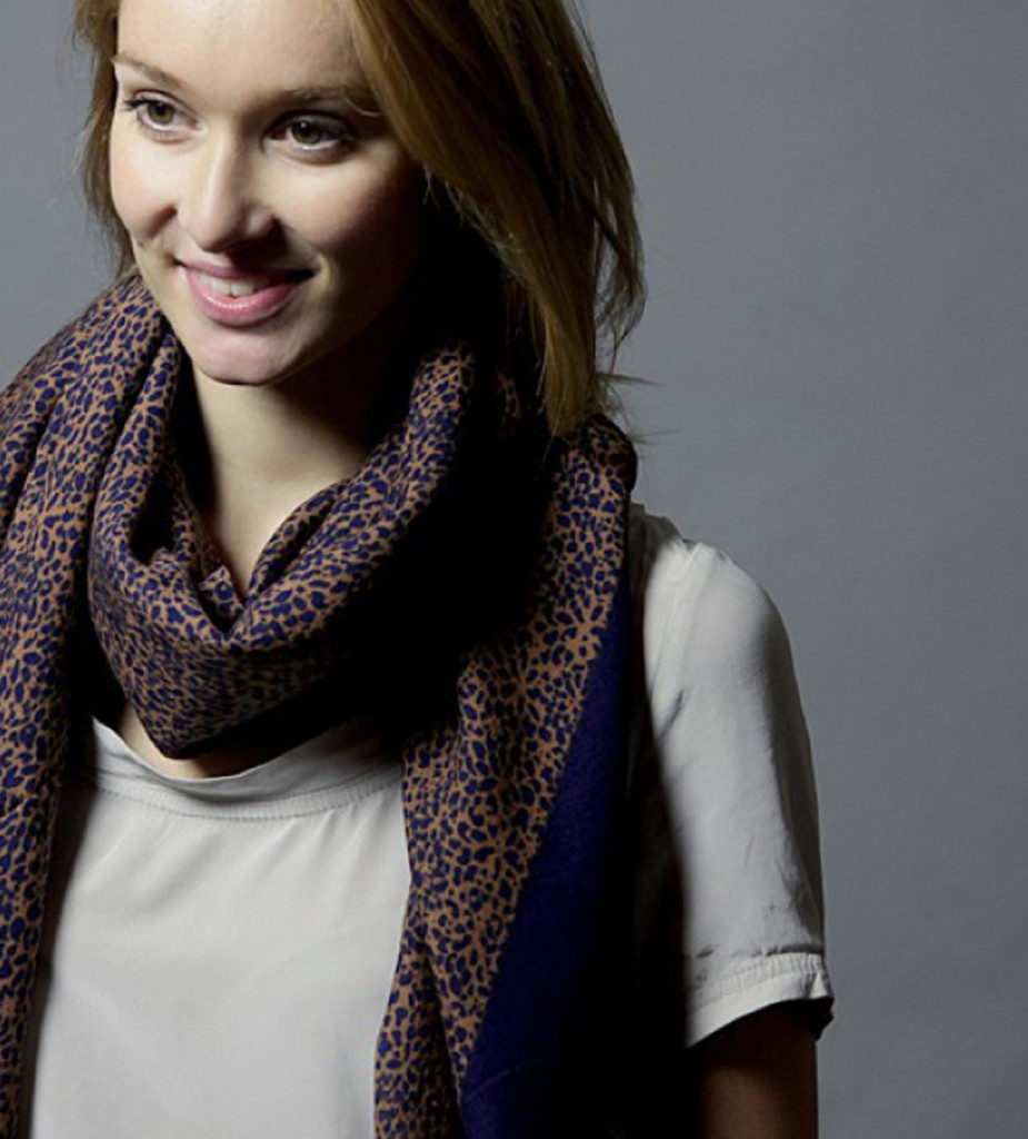 brands-iris&boreas-foulard-dentellefloue-photo1 copie
